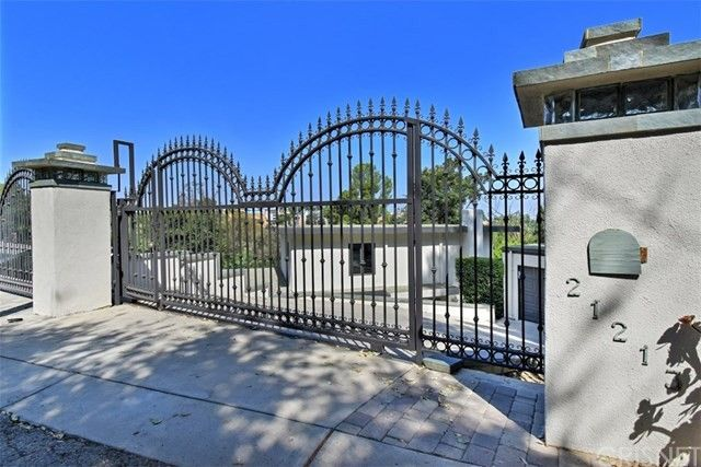 21213 Golondrina St Woodland Hills, CA 91364