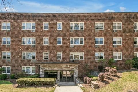 740 Tuckahoe Rd Apt 4N, Yonkers, NY 10710