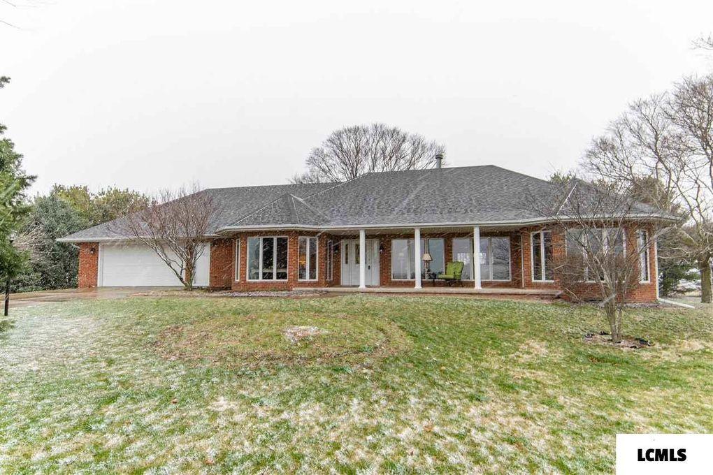 1896 E 550 North Rd McLean, IL 61754