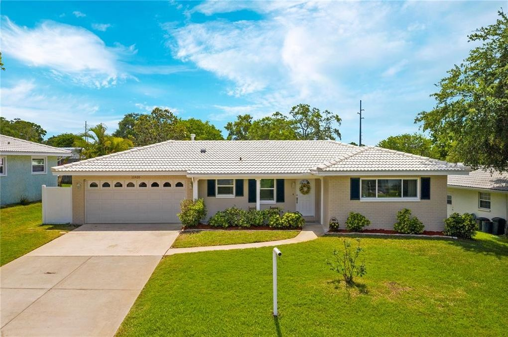 11920 68th Ave N Seminole, FL 33772