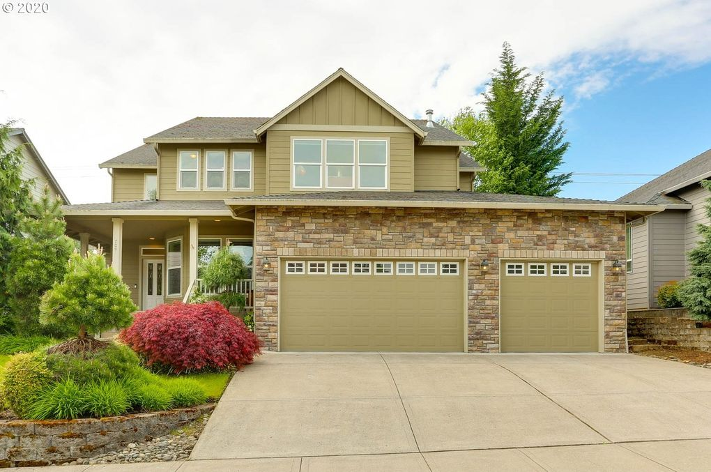 709 NW 120th St Vancouver, WA 98685