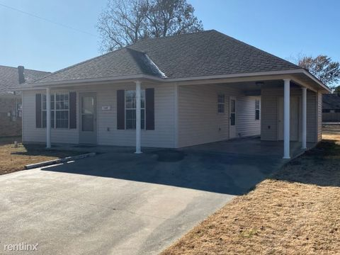 Photo of 702 S 4th St, Paragould, AR 72450
