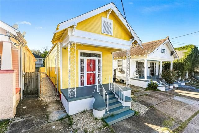 1622 Louisa St New Orleans, LA 70117