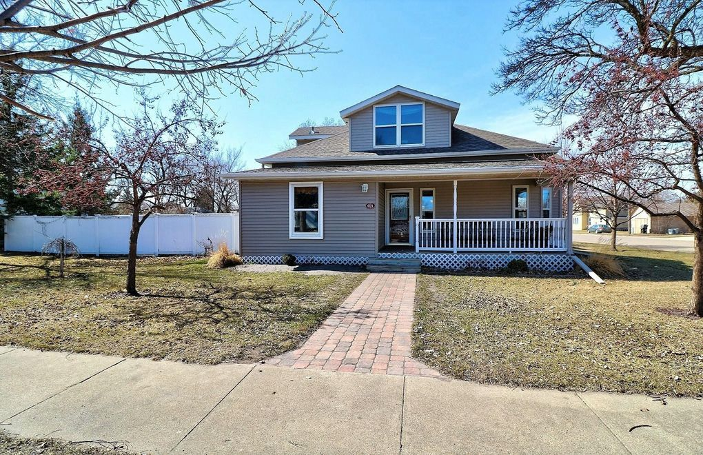 601 4th St SE Barnesville, MN 56514