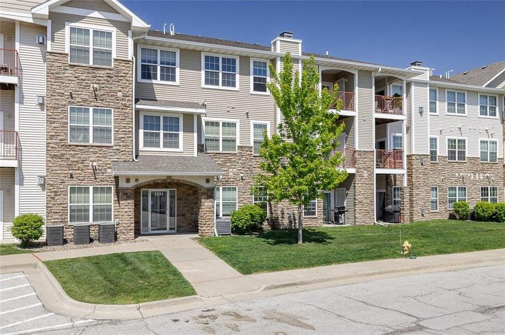 1331 SE University Ave Unit 210 Waukee, IA 50263