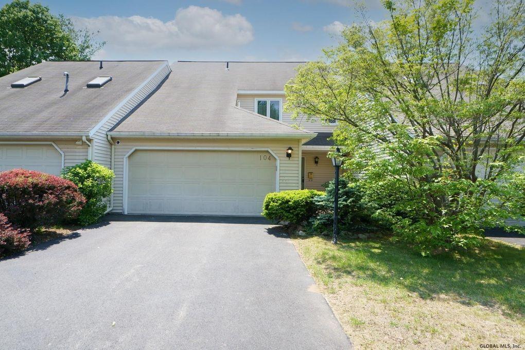 104 Brightonwood Rd Glenmont, NY 12077