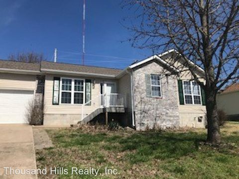 Photo of 160 Teresa Ter, Kirbyville, MO 65679
