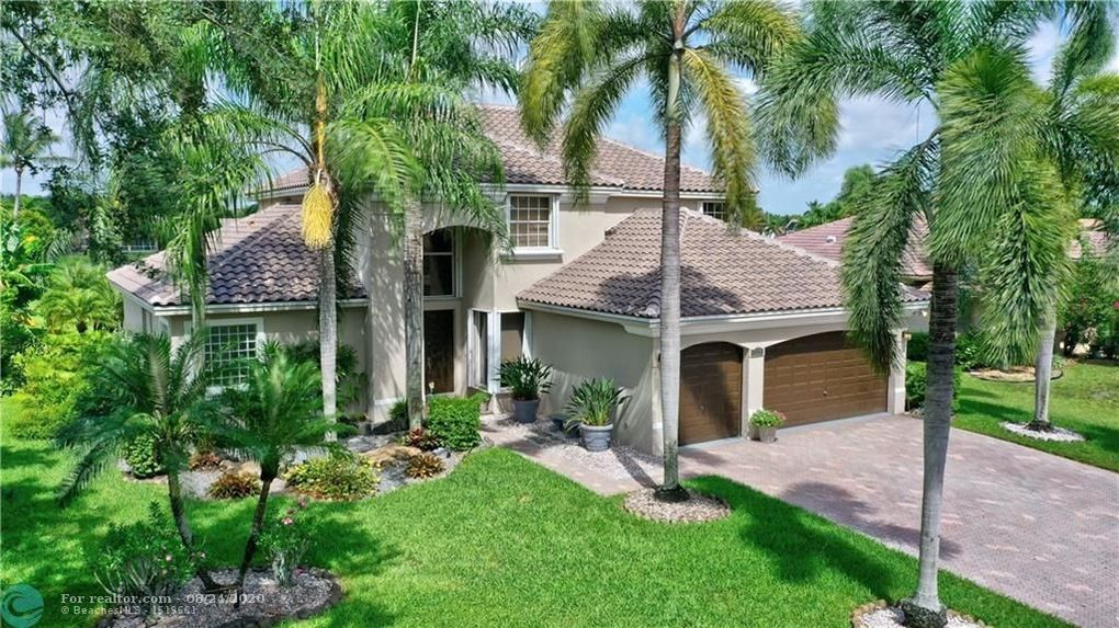 5713 NW 46th Dr Coral Springs, FL 33067
