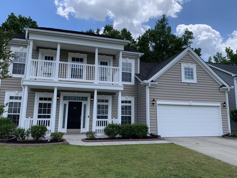 Photo of 360 Lakewind Dr, Moncks Corner, SC 29461