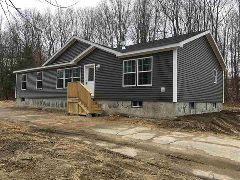 Photo of 1251 Parker Mountain Rd, Strafford, NH 03884