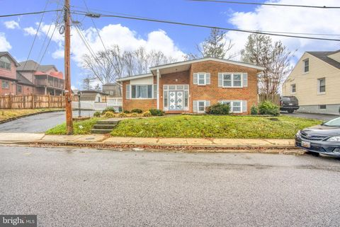 Photo of 329 Montrose Ave, Baltimore, MD 21221