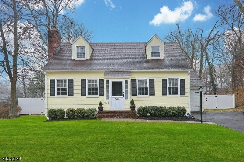 1748 King St Scotch Plains, NJ 07076