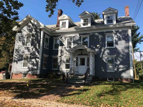Photo of 84 Silver St, Dover, NH 03820