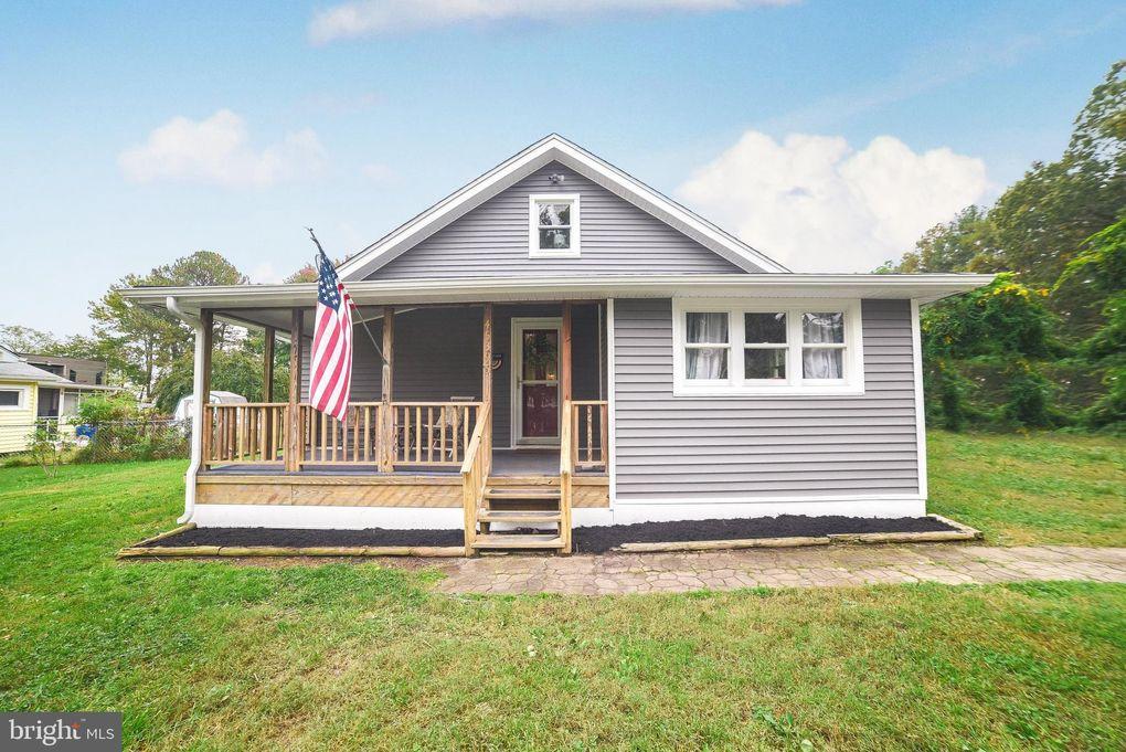 45395 Walnut St Piney Point, MD 20674
