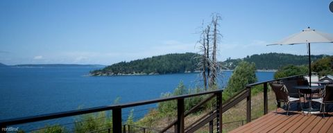 Photo of 1231 Chuckanut Dr, Bellingham, WA 98229