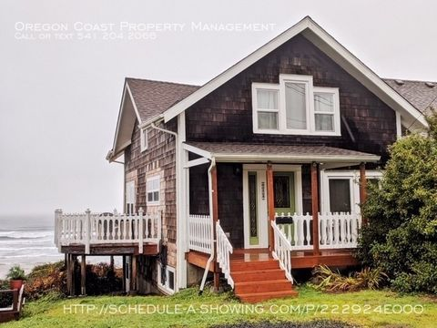 Photo of 619 Nw Alpine St, Newport, OR 97365