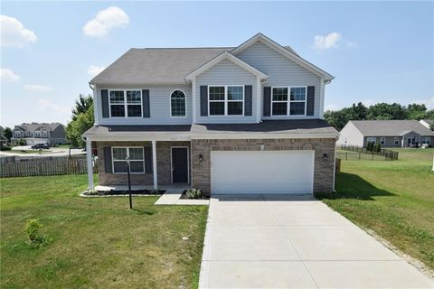 Photo of 6947 Wilmot Ln, Avon, IN 46123