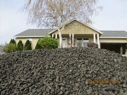 Photo of 4226 Melody Ln, Roseburg, OR 97471