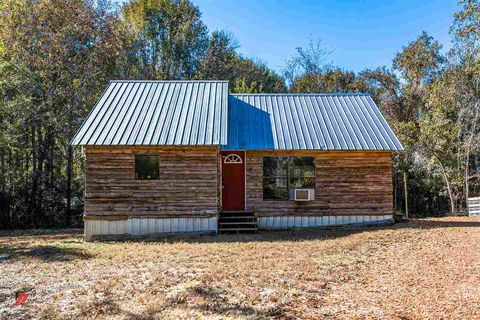 Photo of 136 County Road 429, Tenaha, TX 75974