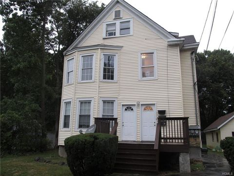 Photo of 19 E Cedar St, Poughkeepsie, NY 12601