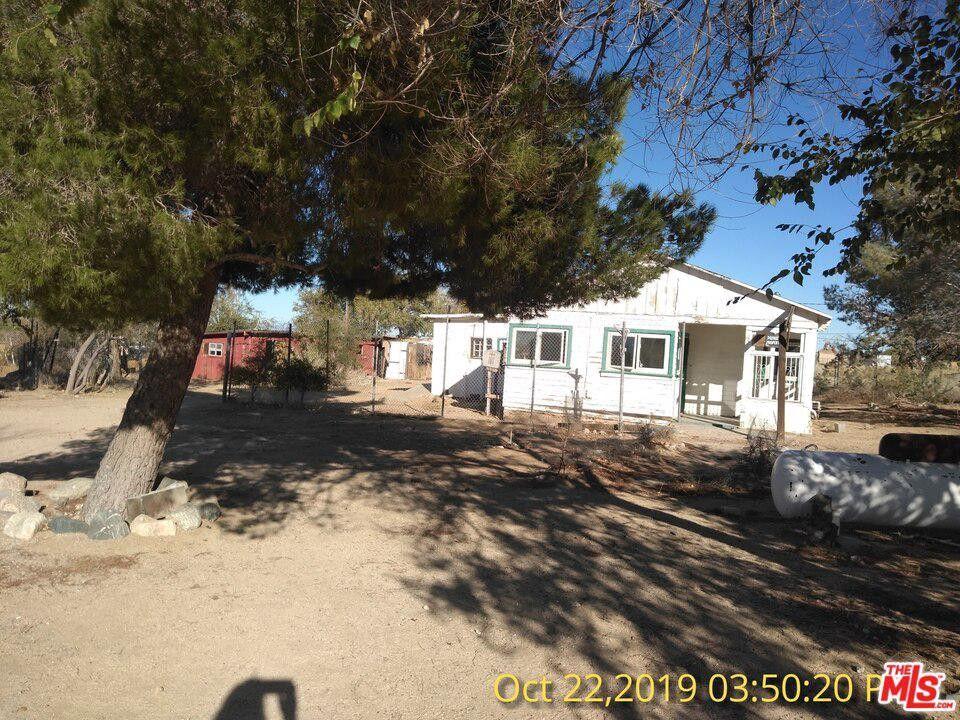 13215 E Avenue W4 Pearblossom, CA 93553