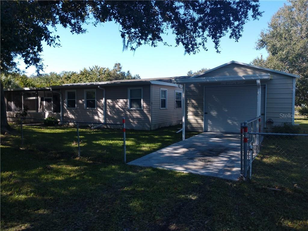 2303 45th St E Bradenton Fl 34208 Realtor Com