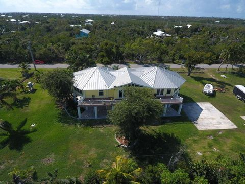 Photo of 30451 Hibiscus Ln, Big Pine Key, FL 33043