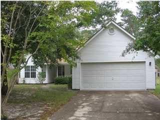 Photo of 103 Oak Shores Dr, Niceville, FL 32578