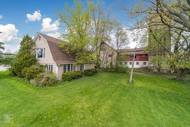15603 108th Ave Orland Park, IL 60467