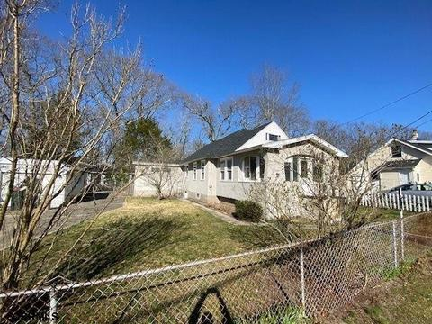 With Two Master Suites Homes For Sale In Longport Nj Realtor Com