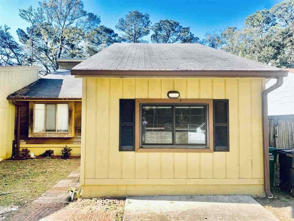 4987 Easy St Tallahassee, FL 32303