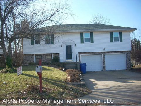 Photo of 228 Se 111th Rd, Warrensburg, MO 64093