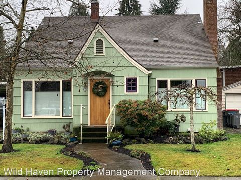 Photo of 218 Nw 7th St, McMinnville, OR 97128