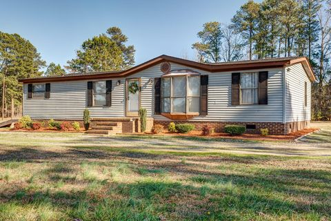 1449 Green Pasture Rd, Rocky Mount, NC 27801 on