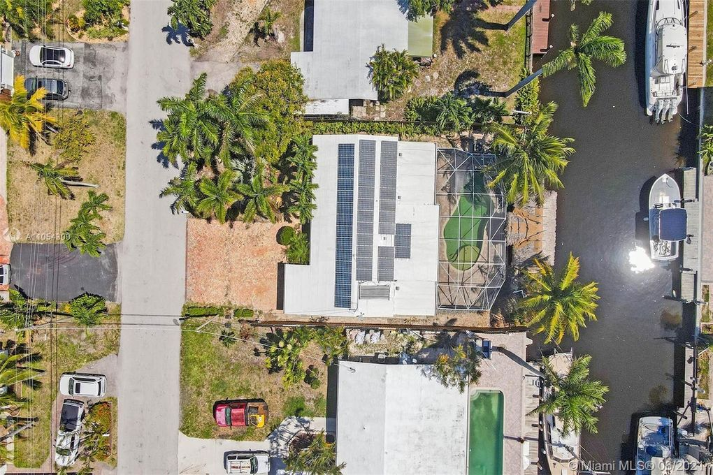 2431 Bimini Ln Fort Lauderdale, FL 33312