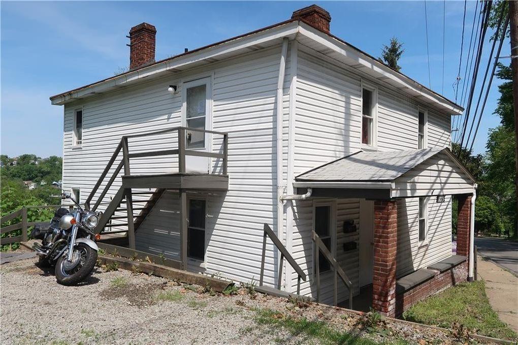 1879 Romine Ave McKeesport, PA 15133