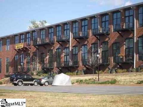 Photo of 300 South St Unit 208, Simpsonville, SC 29681
