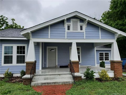 Photo of 206 Griffith Rd, Monroe, NC 28112