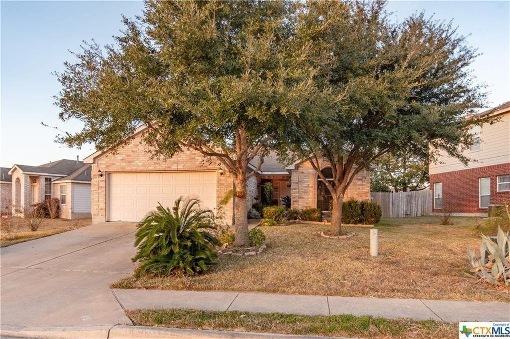 415 Thunderstorm Ave Lockhart, TX 78644
