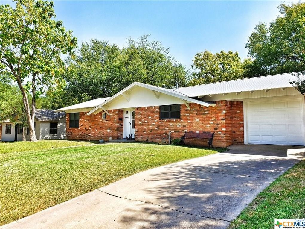 2604 Mears Dr Gatesville, TX 76528
