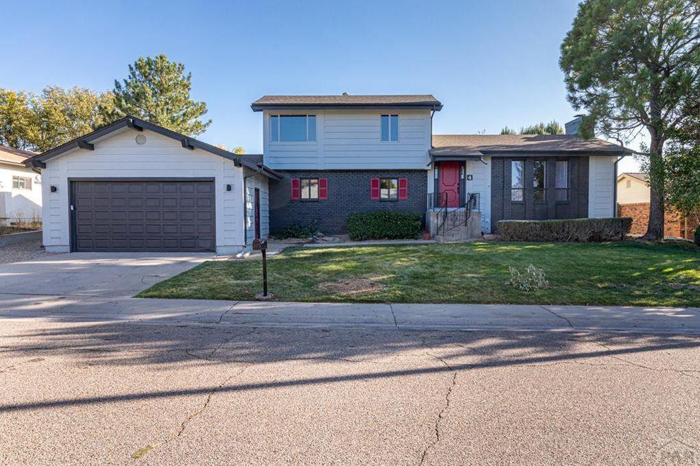 4 Kingsbridge Pl Pueblo, CO 81001