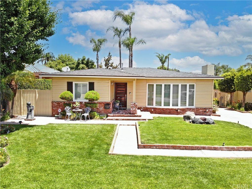 9321 Gainford St Downey, CA 90240