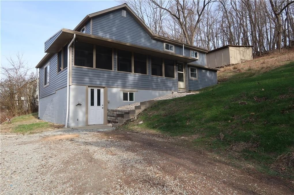 377 Skellytown Rd Irwin, PA 15642