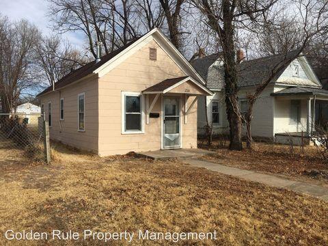 Photo of 218 E 10th Ave, Hutchinson, KS 67501