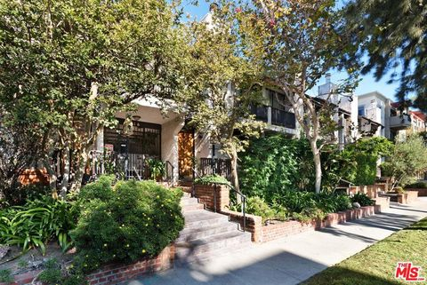 Photo of 2216 S Bentley Ave Apt 11, Los Angeles, CA 90064