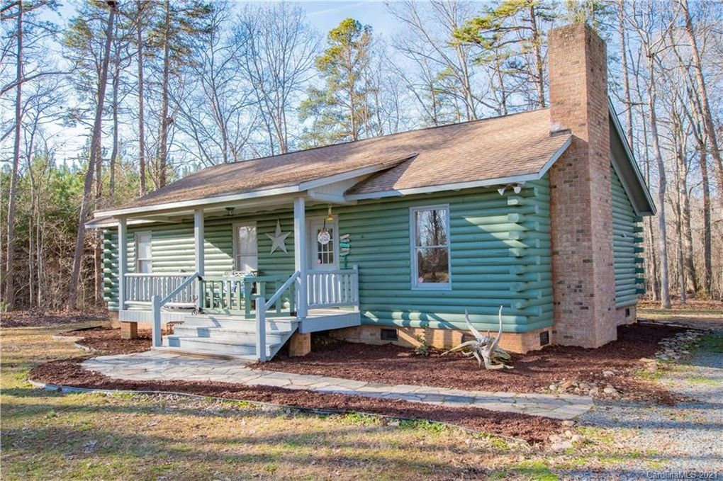 39456 Water Fowlers Ln New London, NC 28127