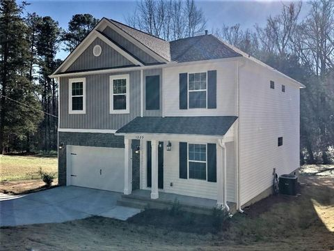 Photo of 1229 Madden Bridge Rd, Central, SC 29630