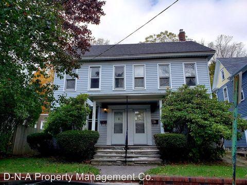 Photo of 622 Scott St, Stroudsburg, PA 18360