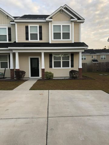 Photo of 9215 Southern Oak Ln, Ladson, SC 29456