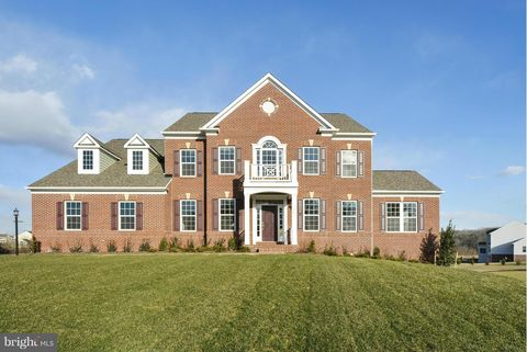 Photo of 3303 Waterford Mill Rd, Bowie, MD 20721